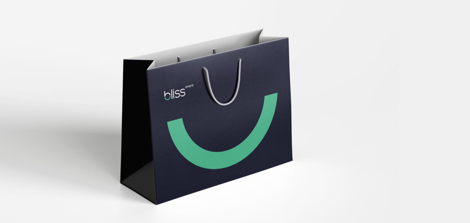 брендированный пакет
